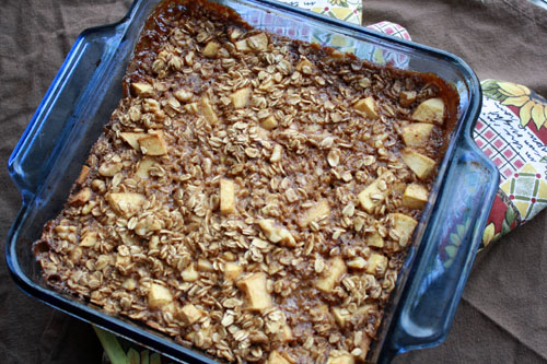 apple cinnamon baked oatmeal 5